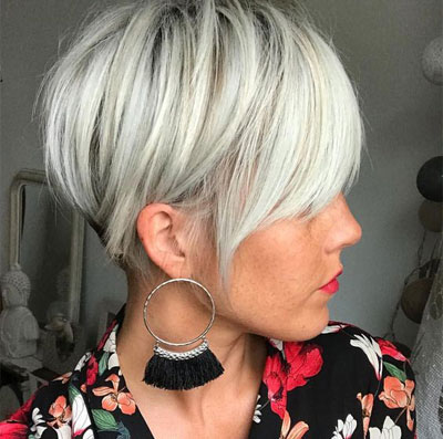 Short Haircuts and Hairstyles for Thin Fine Hair for Older Women Over 50 Over 60